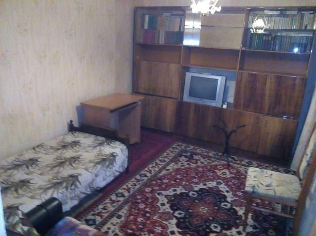 Аренда комнаты 12.8, Тимошенко 19, метро Минская 3 мин.
