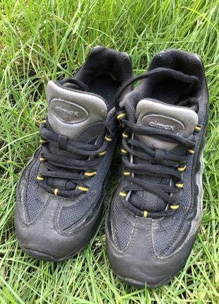 Кроссовки для мальчика nike air размер 33