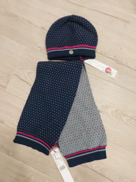 Демисезонная шапка и шарфик