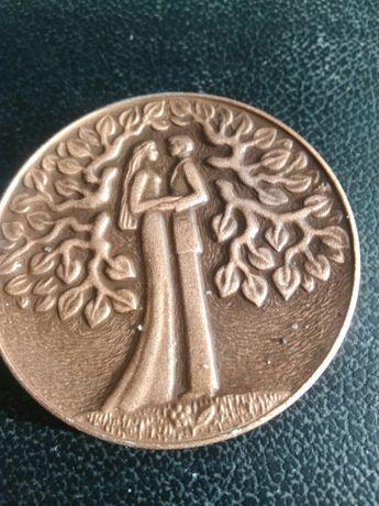 Медаль любви.