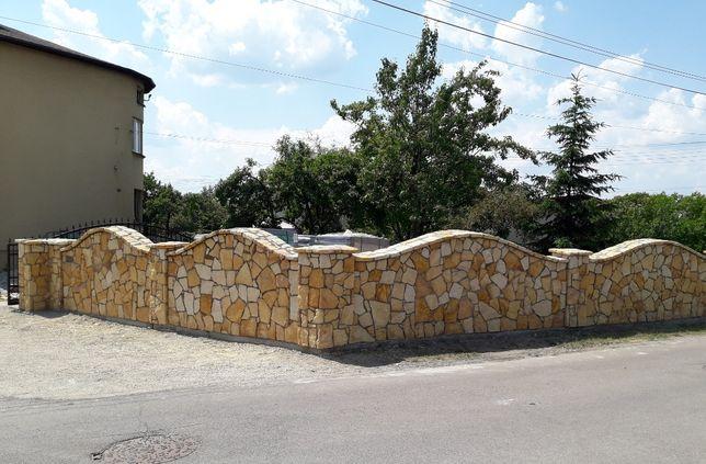 Kamienne ogrodzenia, mury, oklejanie elewacji kamieniem
