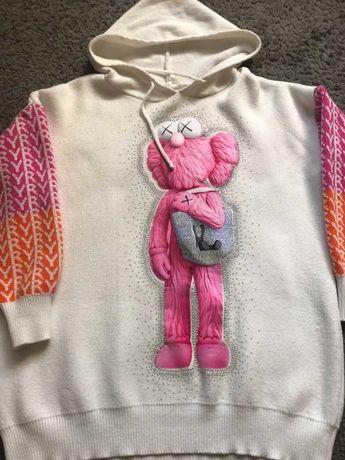 Sweterek z kapturem emlo cyrkonie