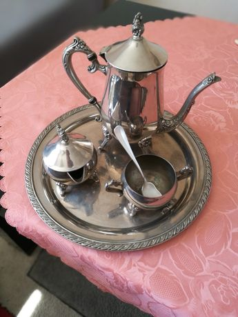 Posrebrzany zestaw kawowy dekoracyjny