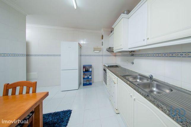 Apartamento - 112 m² - T3