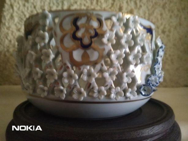 Porcelana trabalhada tiche