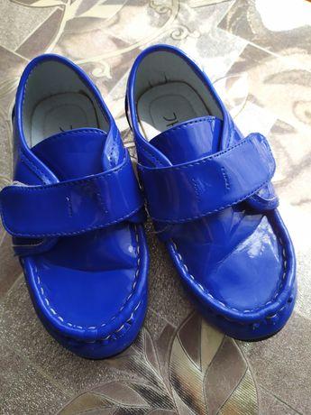 Туфельки на девочку 28 р