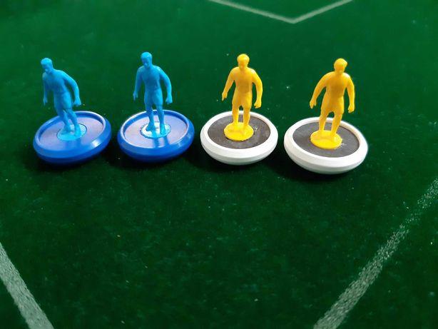 subbuteo de competição. cc2 colpani. 12 jogadores cada equipa.