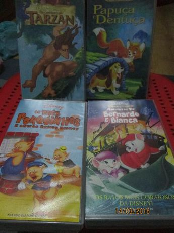 4 cassetes VHS de filmes da Disney