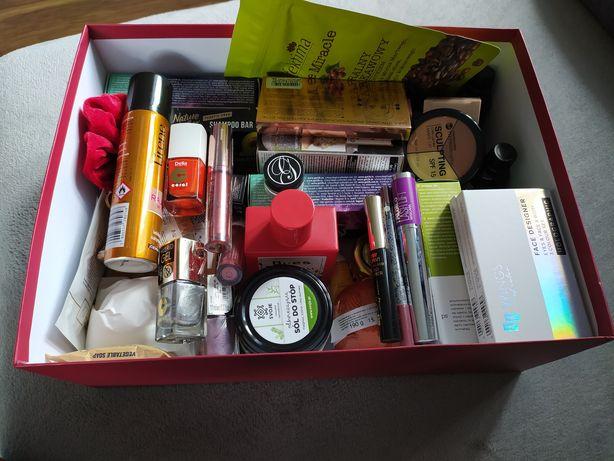 Mega zestaw NOWYCH kosmetyków do twarzy, włosów, makijażu