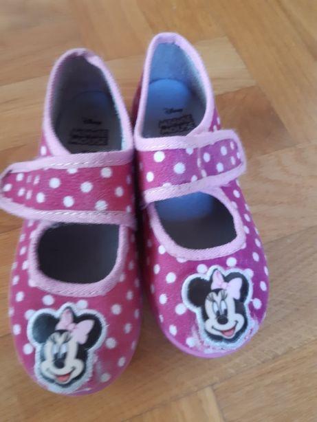 Pantofelki dla dziewczynki z Myszka Miki roz. 28