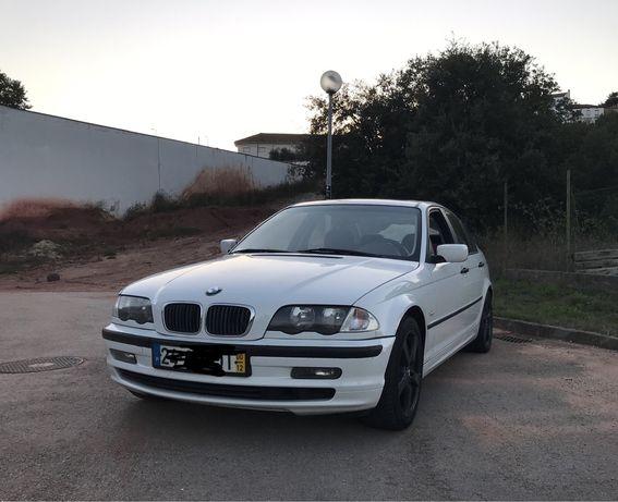Vende-se BMW 320D