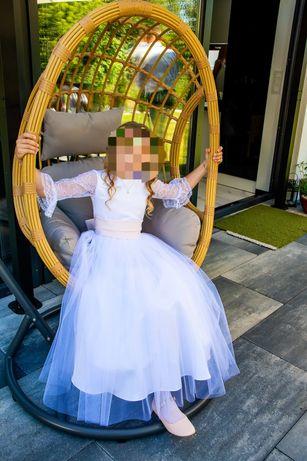 Sukienka z tiulem, koronką i torebką