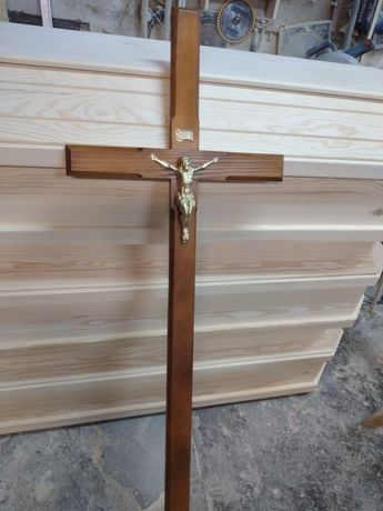 Krzyże nagrobne sosnowe z wizerunkiem