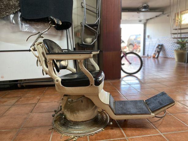 Cadeira dentista vintage militar