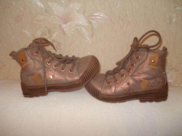 Next фирменные утепленные кожаные ботиночки