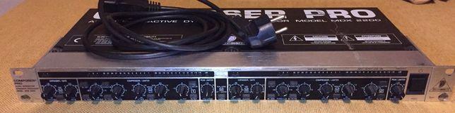 Behringer Composer Pro MDX 2200 ( compressor)