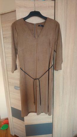 Sukienka z imitacji zamszu, beż, camel, rozmiar 40