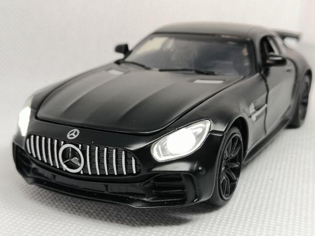 Mercedes GT. Niesamowity samochód , resorak.