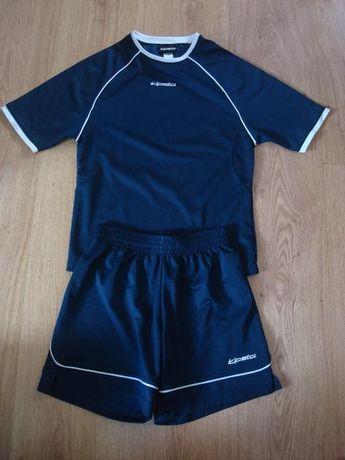 T-Shirt+calção Futebol - 8 anos