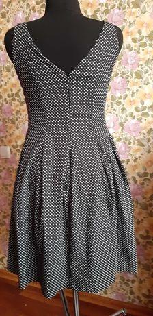 Платье приталенное. коттон в горошек.в стиле ретро 48-50р