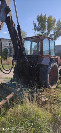 трактор ЮМЗ с оборудованием ЭО под вилы ПЕ0,8 + ковш ЭО