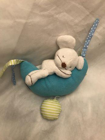 Boneco musical para bebé