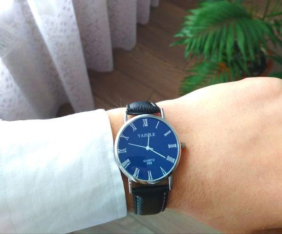 Наручний чоловічий годинник