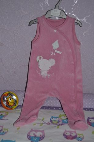 Продам комбинезон з маленьким мишеням mothercare на девочку 3-6 мес.