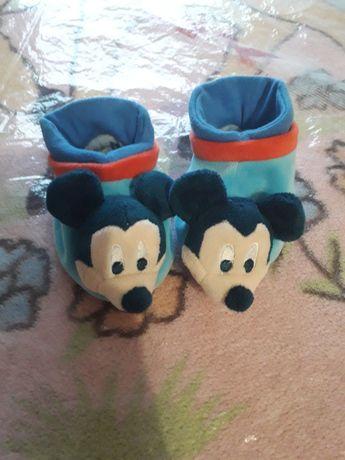Продам детскую домашнюю обувь