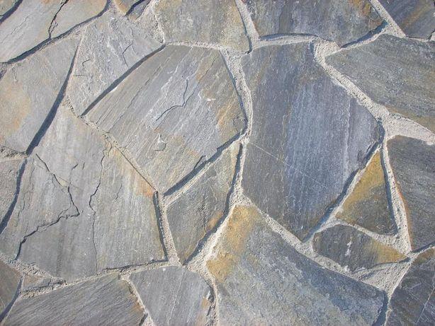 Kamień łupek dzikówka elewacyjny gnejs na taras murki ścianę elewacje