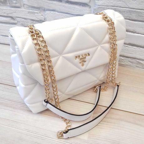женская сумка в стиле Pradaa