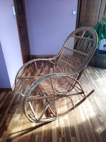 Fotel bujany z wikliny wiklinowy