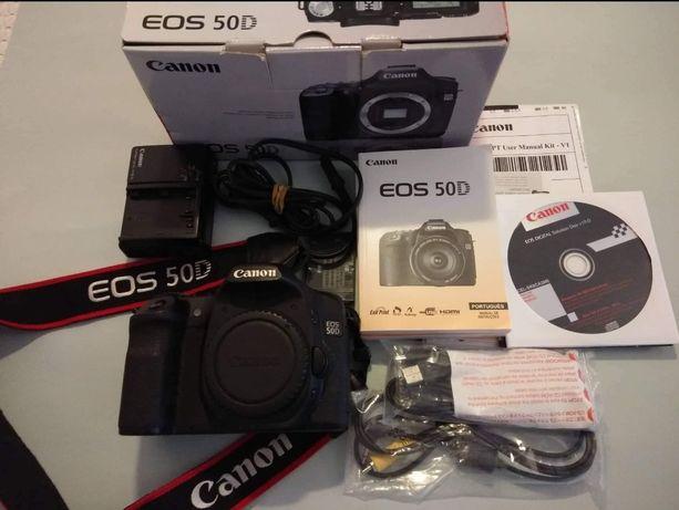 Máquina Canon EOS 50D