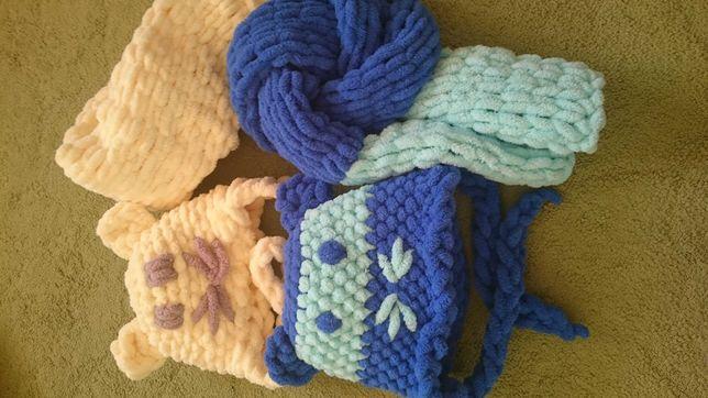 Зимние шапочки  и шарфики для малышей