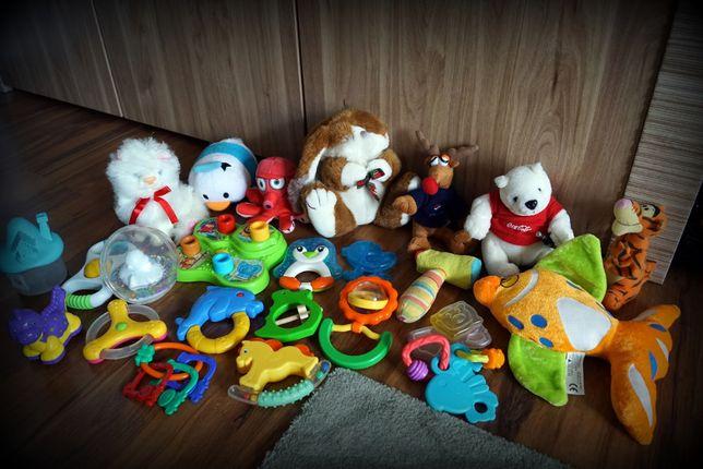 Zestaw zabawek grzechotek gryzaków maskotek dla dzieci.