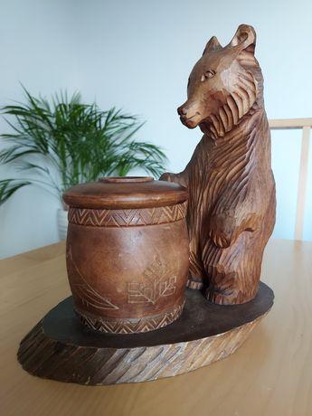 Rzeźba niedźwiadek z pojemnikiem PRL / drewno/ Rosyjskie 1976/ MISZKA