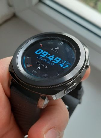Смарт-часы Samsung Galaxy Gear Sport 3050 грн