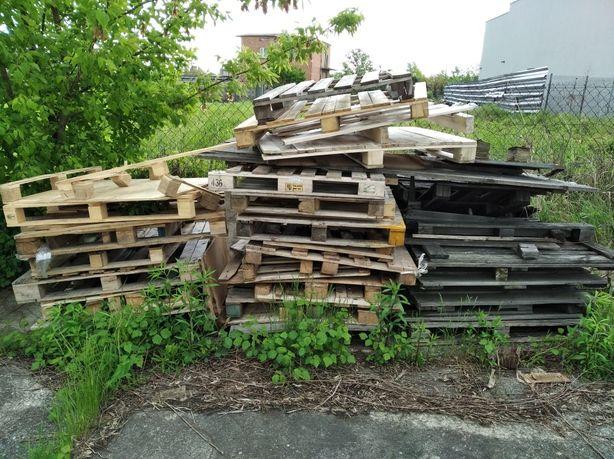 Popsute palety drewniane oddam za darmo