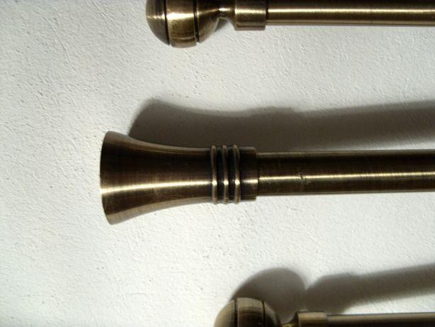 Karnisze metalowe
