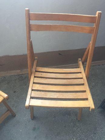 Раскладные   деревянные  стулья.