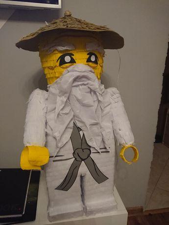 Piniata lego ninjago mistrz wu