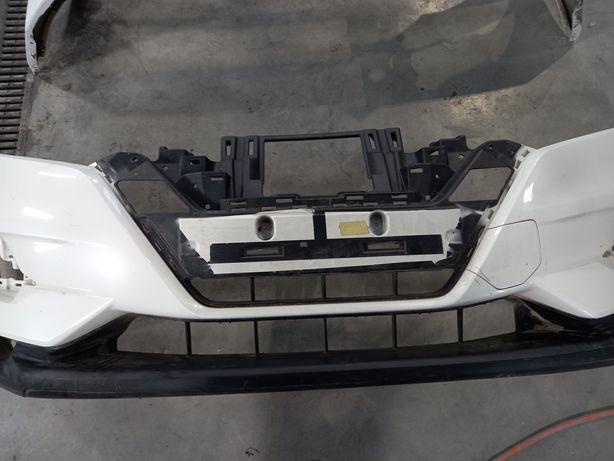 Бампер Nissan Qashqai J11 17г -  62022HV00H