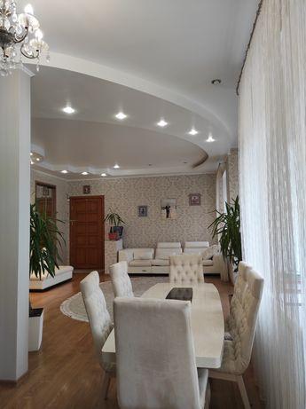 Продам элитные аппартаменты в Центре Херсона
