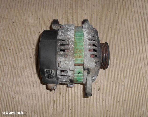 Alternador para Kia Rio 1.3 gasolina Mando AB180140 OK30D18300