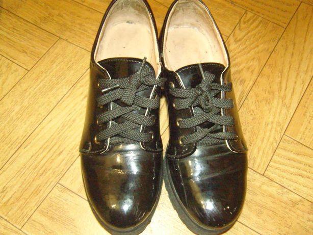 Лаковые туфли осень-весна