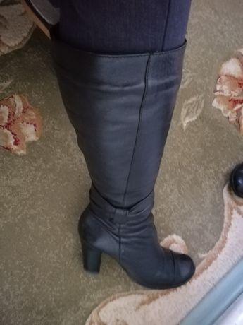 Шкіряні чоботи на цегейці. Розмір 38 - 39.