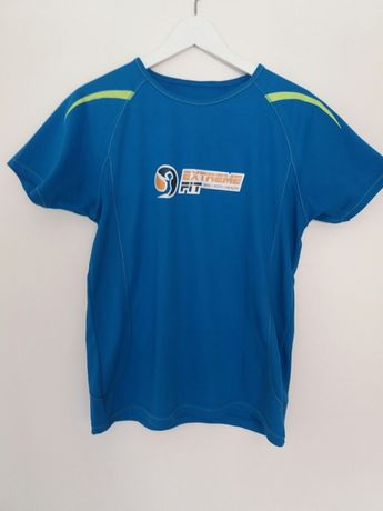 T-shirt desportiva marca Extreme Fit