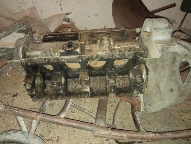газ 21 рессоры, блок двигателя, шатуны, диск колеса
