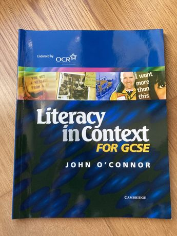Literacy in Context for GCSE - Preparação para Exame GCSE