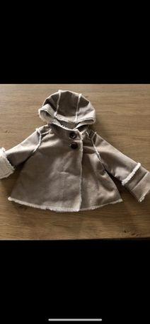 Plaszczyk futerko kożuszek GAP r. 68-74